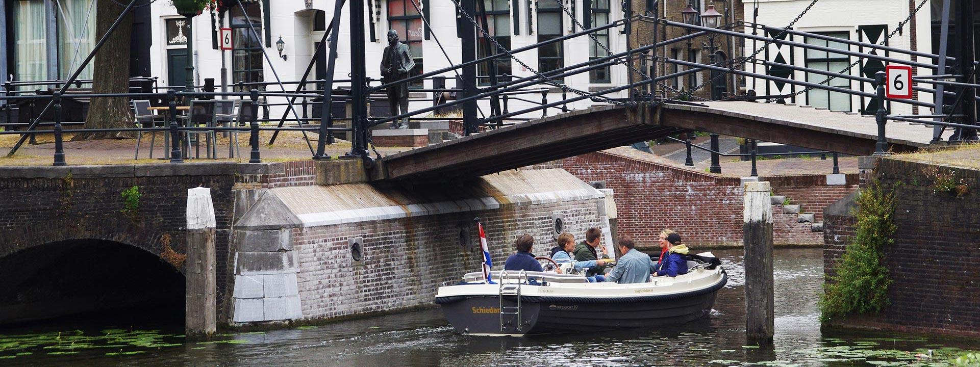 Sloep Schiedam
